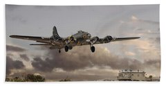 B17- 'airborne' Beach Towel