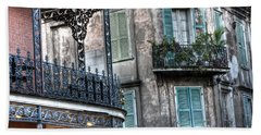 0275 New Orleans Balconies Beach Towel