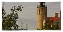 0558 Old Mackinac Point Lighthouse Beach Towel
