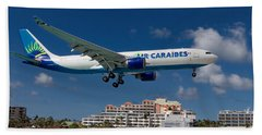 Air Caraibes Landing At St. Maarten Beach Towel