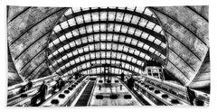 Canary Wharf Station Beach Sheet by David Pyatt