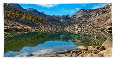 Lake Sabrina In Bishop Creek Canyon. Beach Towel