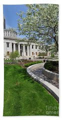 D13l-145 Ohio Statehouse Photo Beach Sheet