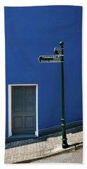 Signpost To The Titanic Memorial, Cobh Beach Towel
