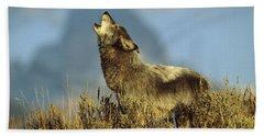Timber Wolf Howling Idaho Beach Towel