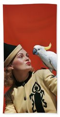 1940s Glamorous Blond Woman Talking Beach Towel