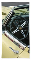 1970 Jaguar Xk Type-e Steering Wheel Beach Towel