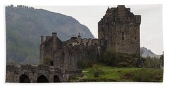 Cartoon - Structure Of The Eilean Donan Castle With A Stone Bridge Beach Towel