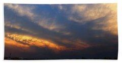 Nebraska Mammatus Sunset Beach Sheet