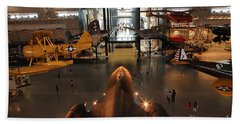 Sr71 Blackbird At The Udvar Hazy Air And Space Museum Beach Towel