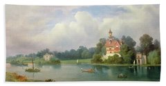 A View Of Popes House And Radnor House At Twickenham Beach Towel
