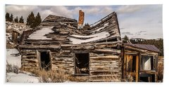 Beach Towel featuring the photograph Abandoned Home Or Business by Sue Smith
