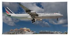 Air France Landing At St. Maarten Beach Towel by David Gleeson