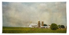Amish Farmland Beach Towel