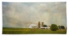 Amish Farmland Beach Towel
