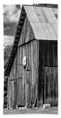 An American Barn Bw Beach Sheet