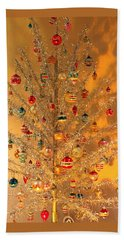 An Old Fashioned Christmas - Aluminum Tree Beach Towel