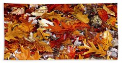 Autumn Leaves On The Ground In New Hampshire - Bright Colors Beach Sheet