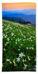 Avalanche Lily Field Beach Towel