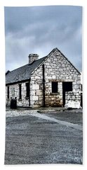 Ballintoy Stone House Beach Sheet