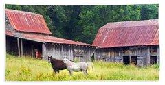 Barns And Horses Near Mills River Nc Beach Sheet