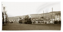 Berkeley California Train Station Circa 1902 Beach Sheet