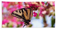 Butterfly On The Crepe Myrtle. Beach Towel