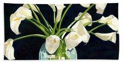 Calla Lilies In Vase Beach Towel