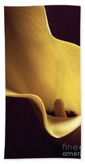 Calla Lily Close Up Beach Towel