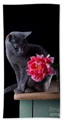 Cat And Tulip Beach Towel