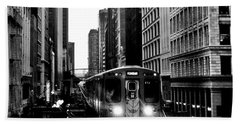 Chicago L Black And White Beach Towel by Benjamin Yeager