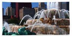 Chicago Skyline Grant Park Fountain Beach Towel