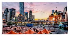 Beach Towel featuring the photograph City Sunset by Ray Warren