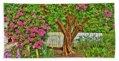 Beach Towel featuring the photograph Crepe Myrtle In Wiliamsburg Garden by Jerry Gammon