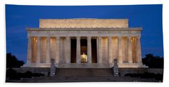 Beach Towel featuring the photograph Dawn At Lincoln Memorial by Brian Jannsen