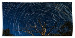 Dead Oak With Star Trails Beach Sheet