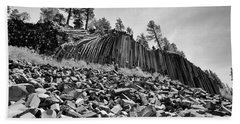 Devils Postpile National Monument Beach Towel