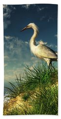 Egret In The Dunes Beach Towel