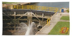 Beach Towel featuring the photograph Erie Canal Lock by William Norton