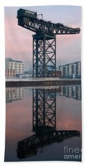 Finnieston Crane Reflections Beach Towel