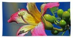 Floss Silk Bloom Beach Sheet by Larry Nieland