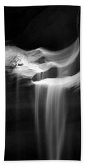 Beach Towel featuring the photograph Flowing Sand In Antelope Canyon by Lucinda Walter