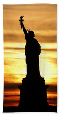 Statue Of Liberty Silhouette Beach Sheet by Bob Slitzan
