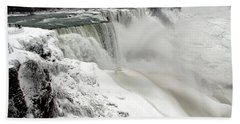 Frozen Niagara And Bridal Veil Falls Beach Towel