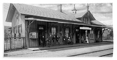 Garrison Train Station In Black And White Beach Towel