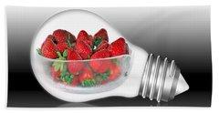 Global Strawberries Beach Sheet