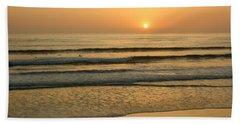 Golden California Sunset - Ocean Waves Sun And Surfers Beach Towel