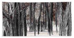 Hanging Moss Beach Sheet by Tom Prendergast