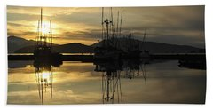 Beach Towel featuring the photograph Harbor Sunset by Cathy Mahnke