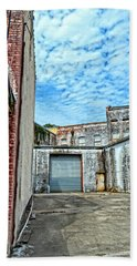 Hdr Alley Beach Towel